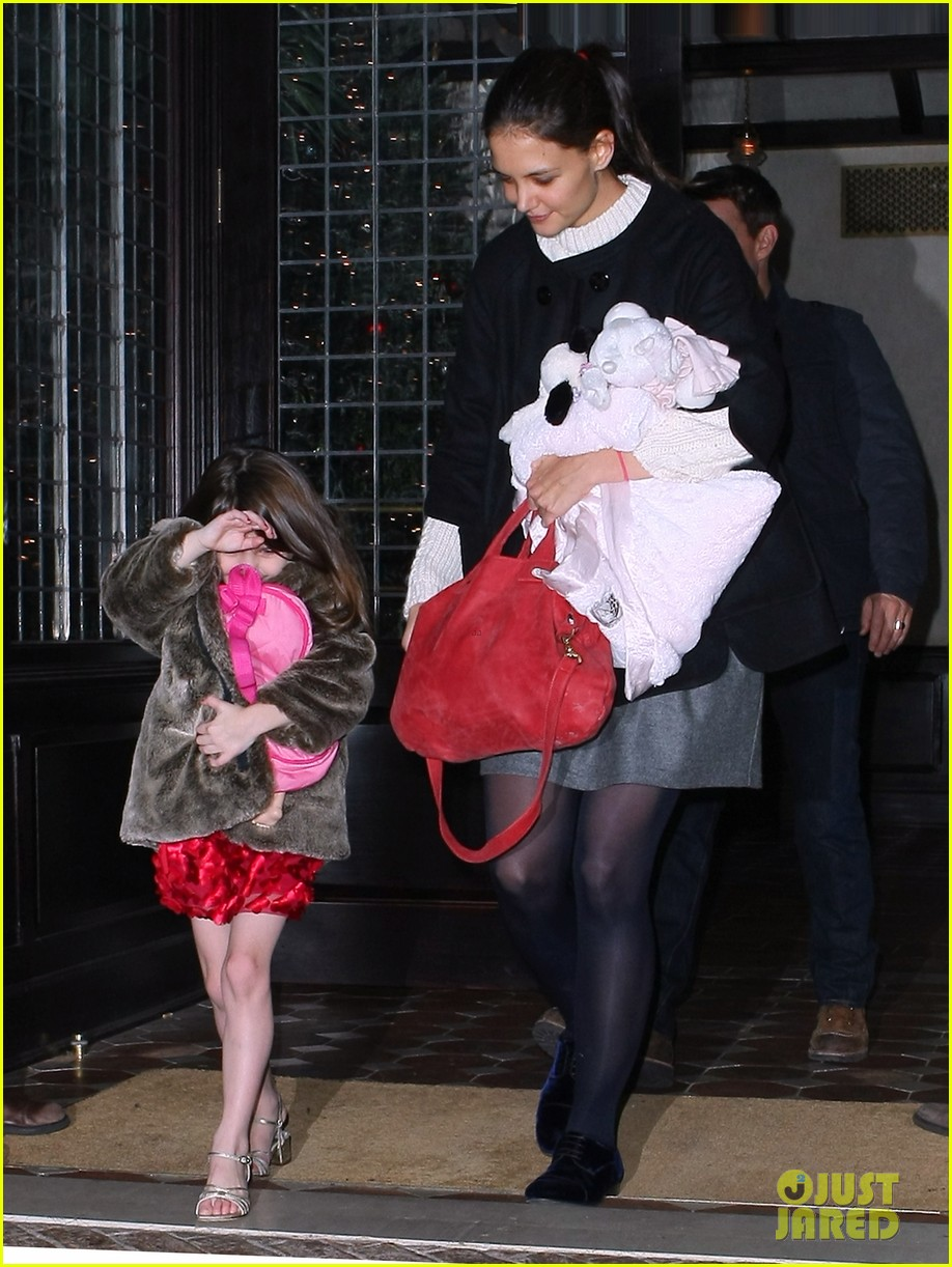 tom cruise katie holmes late night getaway with suri 06