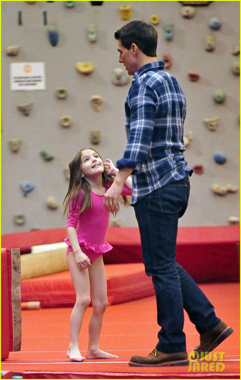 tom cruise suri chelsea piers 01