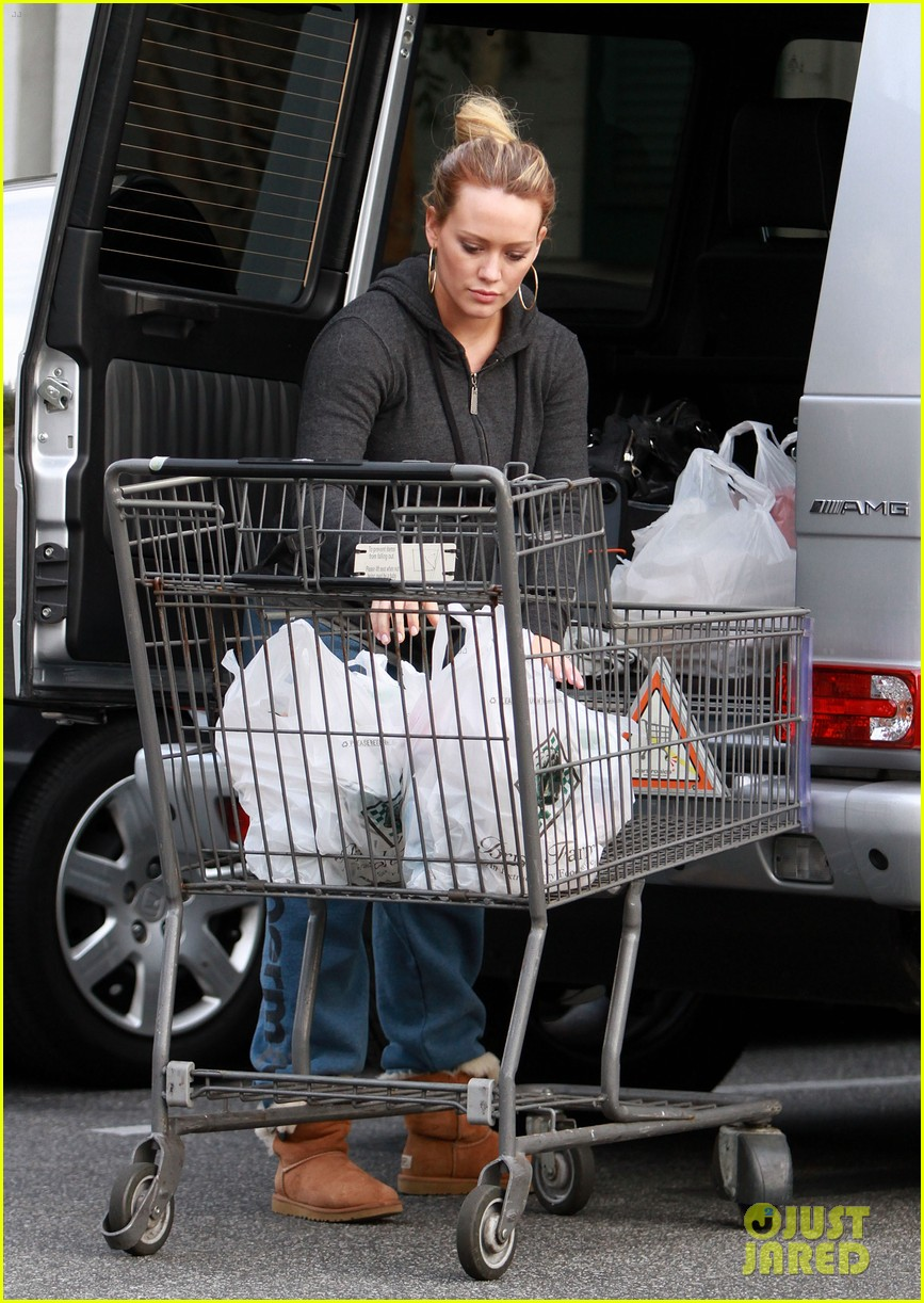 hilary duff groceries 02