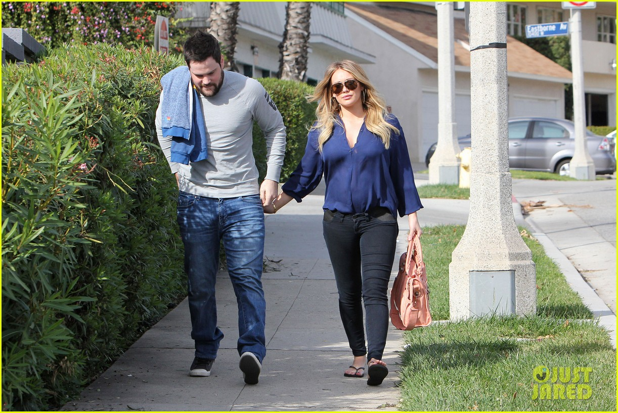 hilary duff mike comrie petco 01