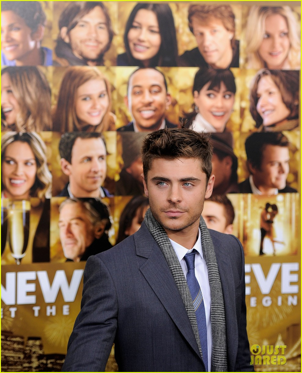 zac efron michelle pfeiffer nye nyc 12