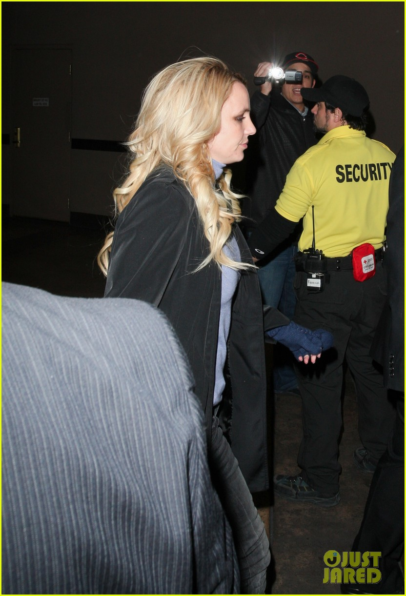 engaged britney spears 02