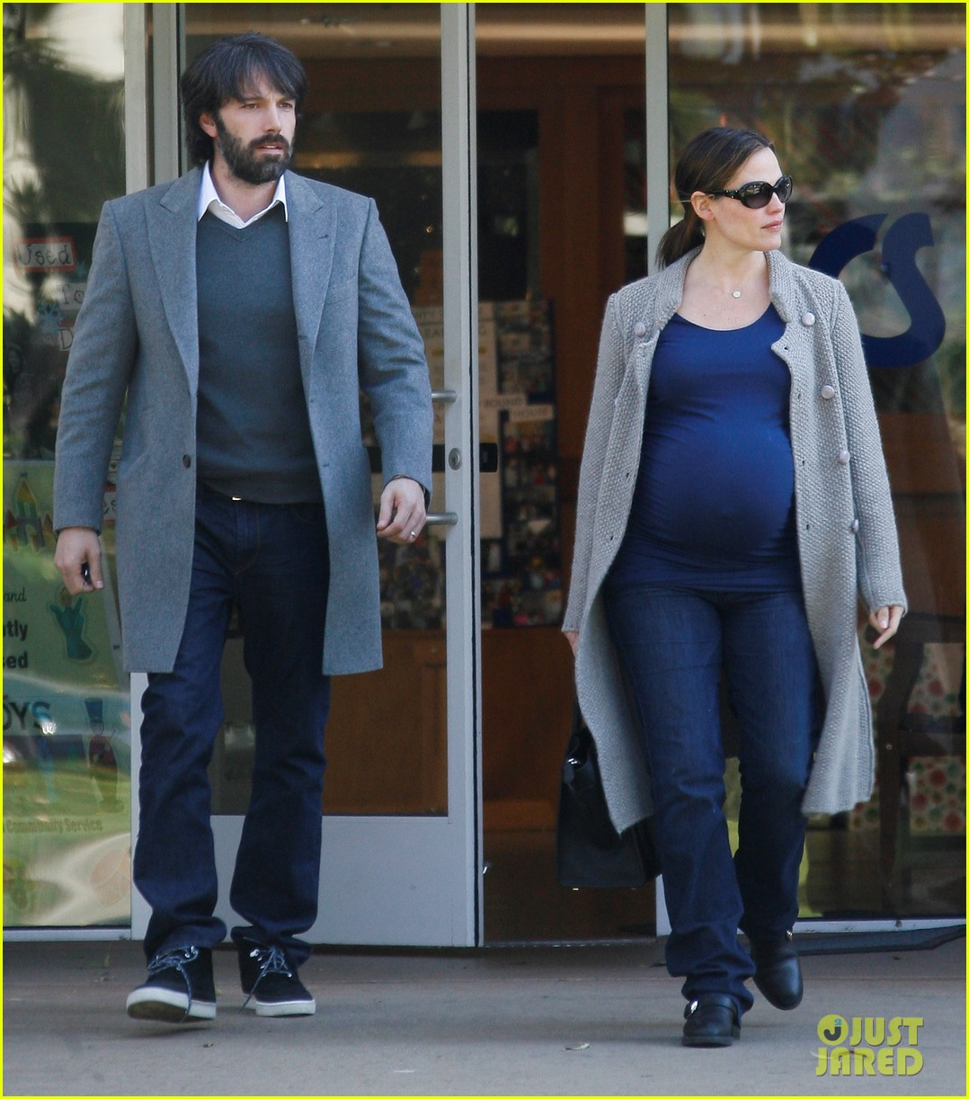 jennifer garner christmas shopping with ben affleck 12