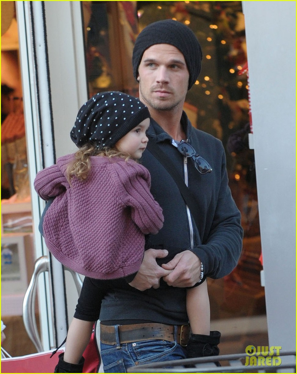 cam gigandet pottery barn kids 02