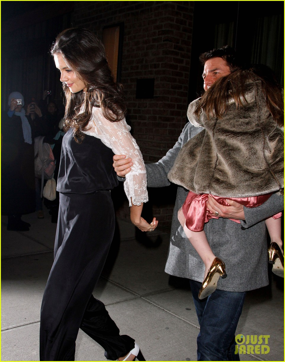 katie holmes tom cruise birthday night out 03