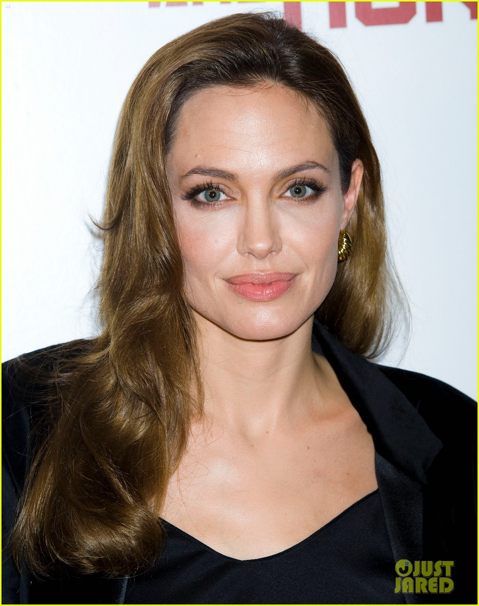 angelina jolie marie claire screening 06