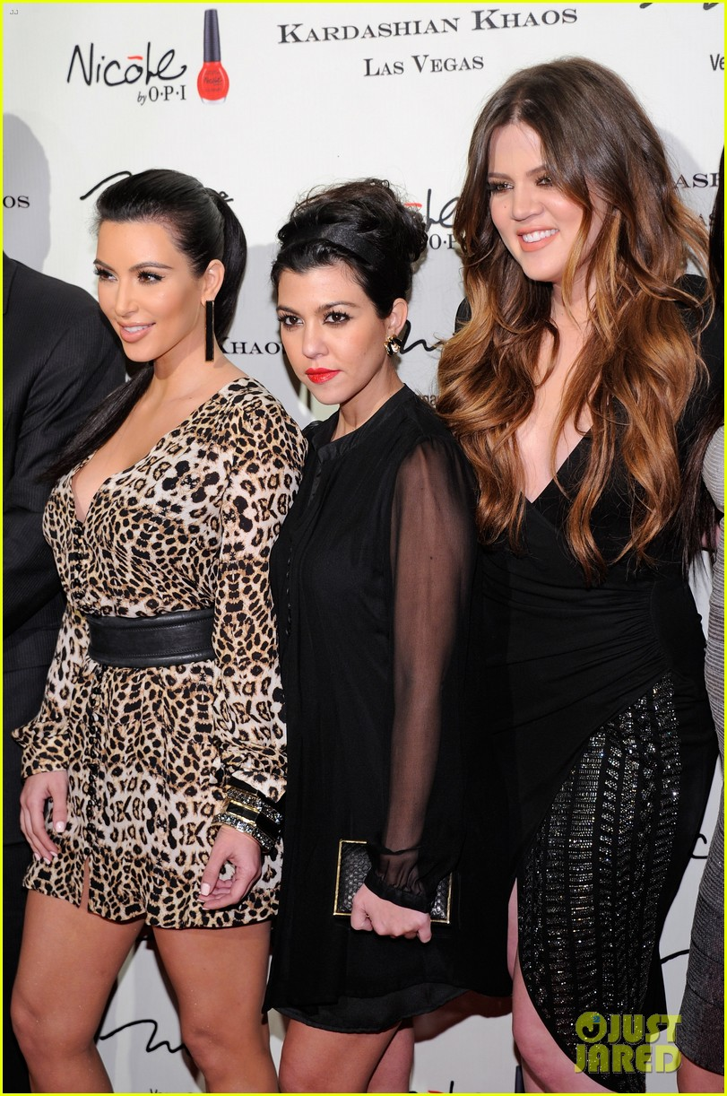 the kardashian family celebrate kardashian khaos opening 06