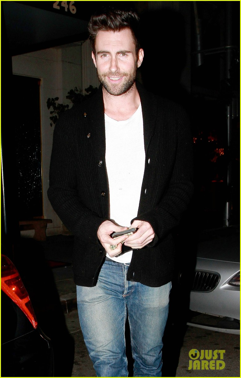 adam levine anne v mastros steakhouse 05