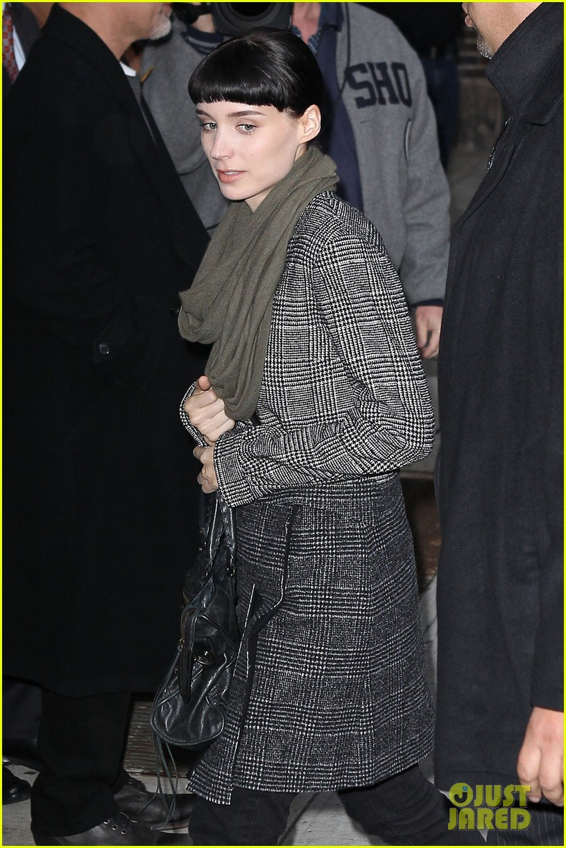 rooney mara daniel craig dragon nyc 02