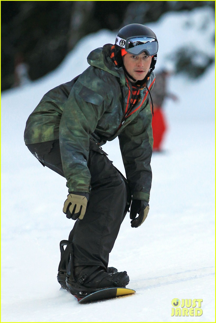 cory monteith snowboarding vancouver 01