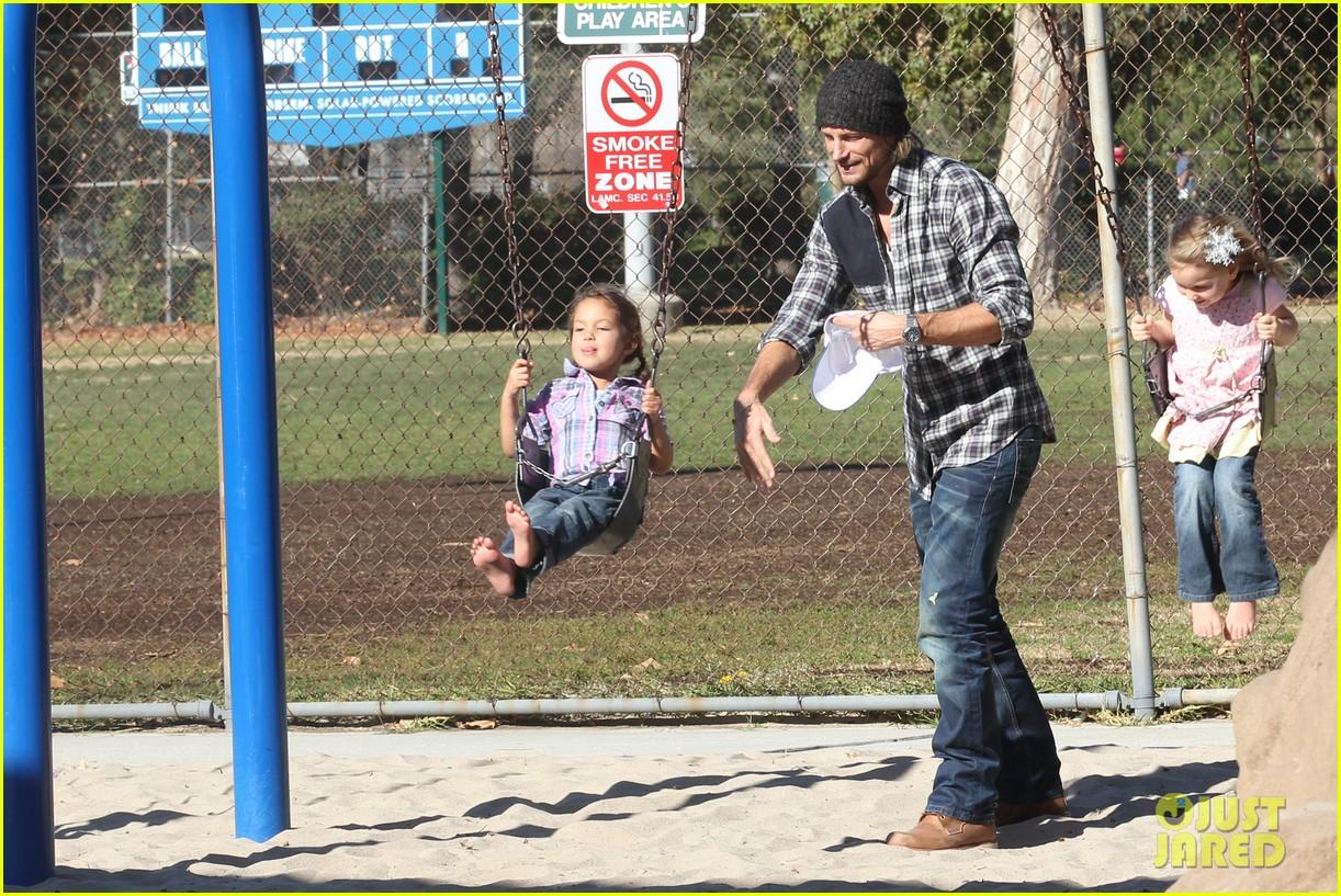 gabriel aubry nahla playground 012612986