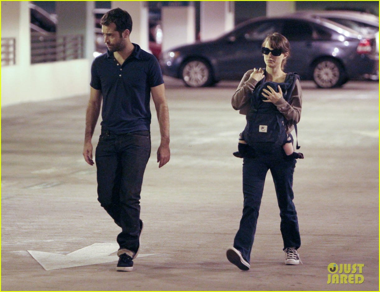natalie portman benjamin millepied out with aleph 02