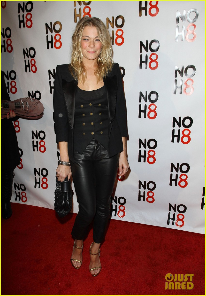 leann rimes noh8 campaigns 3 year anniversary celebration 04