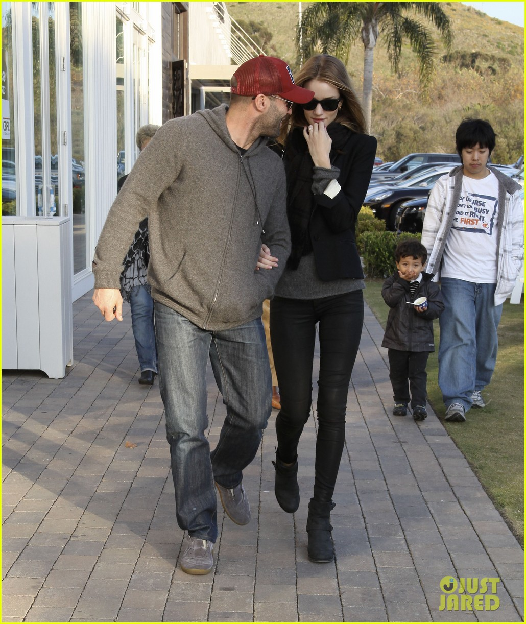 rosie huntington whiteley jason statham shop beverly hills 22