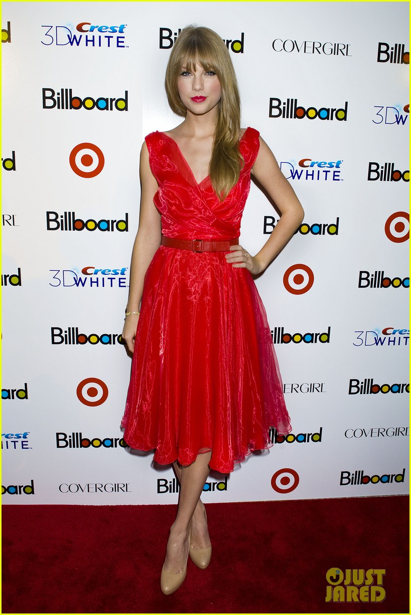 taylor swift billboard women music 05