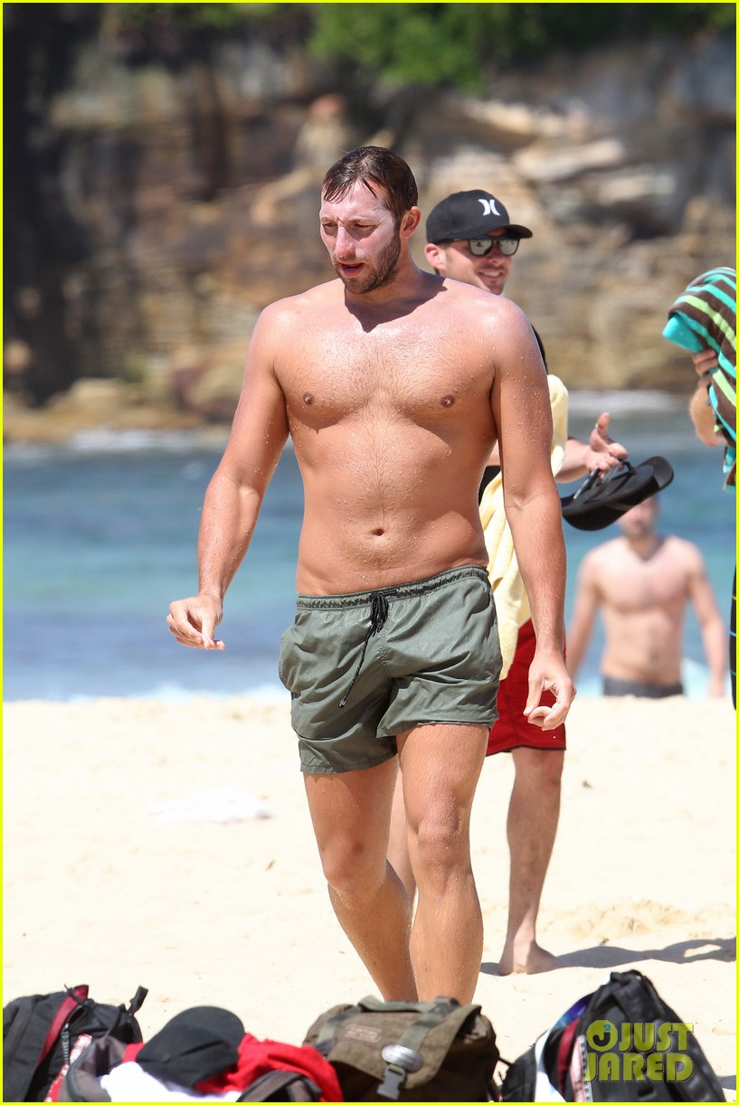 ian thorpe shirtless 09