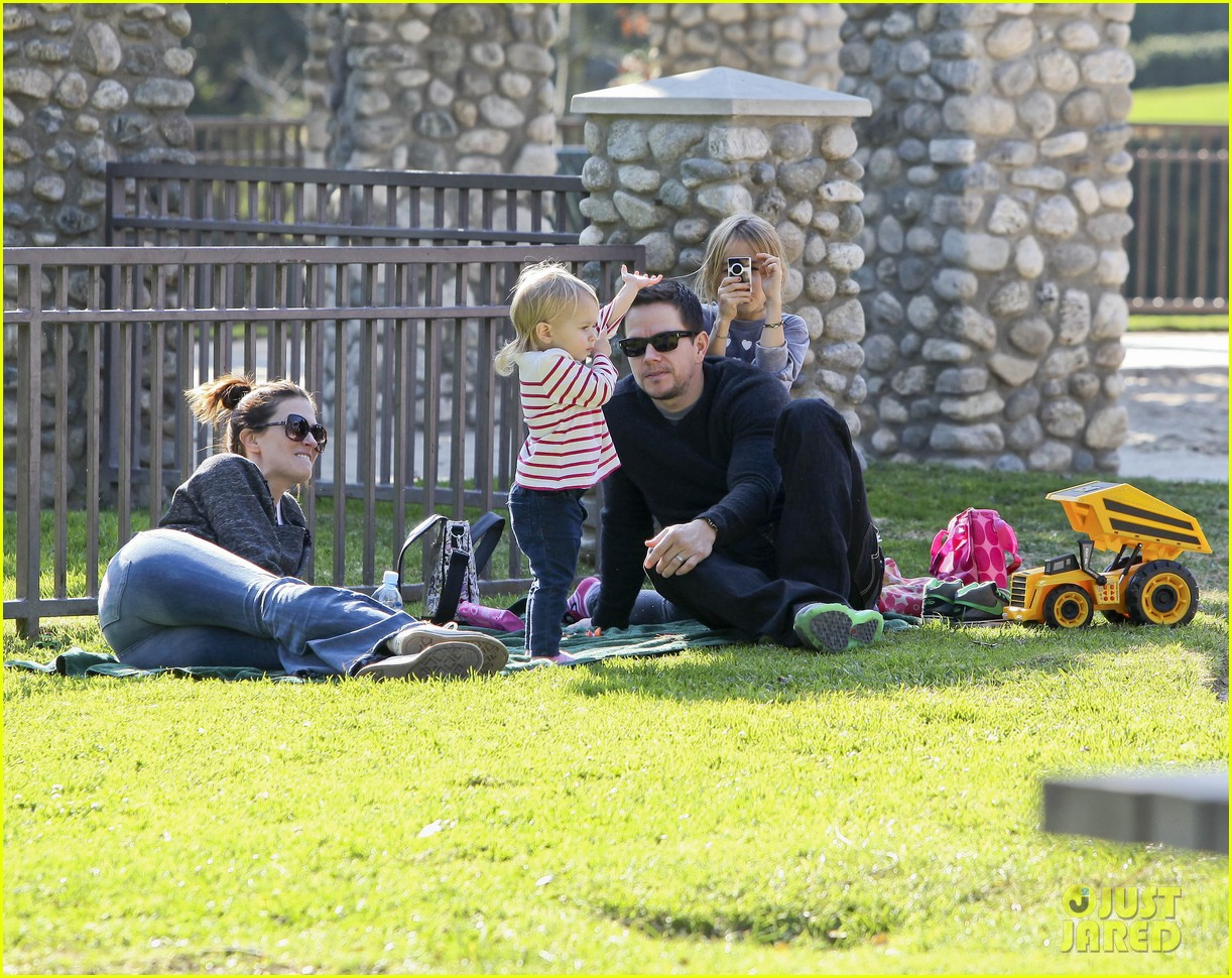 mark wahlberg family park day 11
