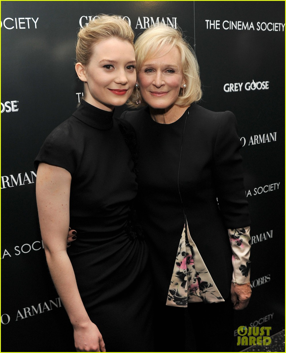 mia wasikowska rose byrne albert nobbs screening 012609805