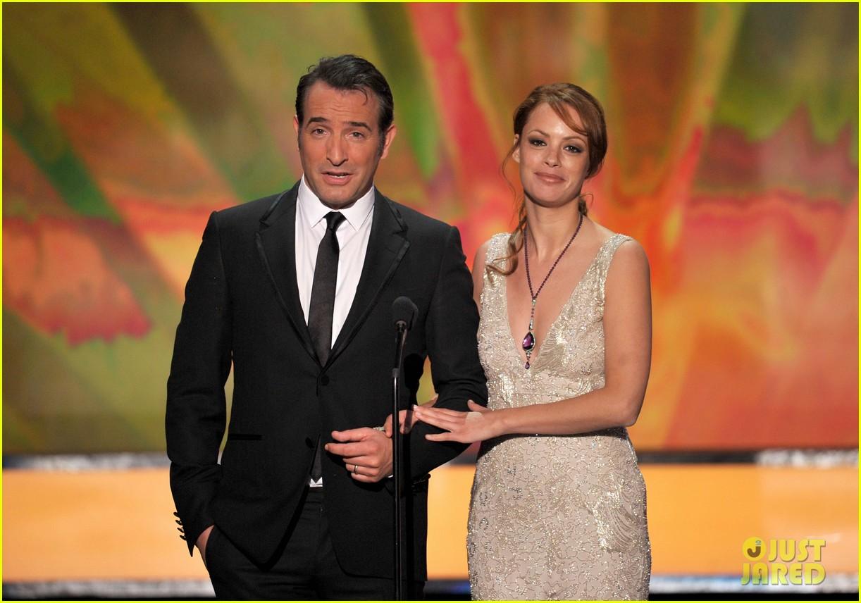 berenice bejo jean dujardin 2012 sag awards 02