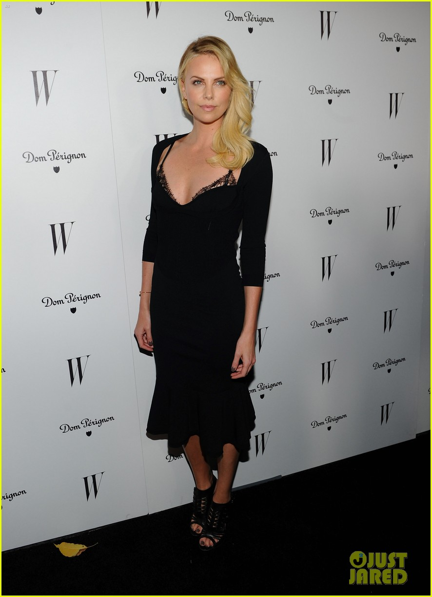 jessica biel charlize theron w mag party 07