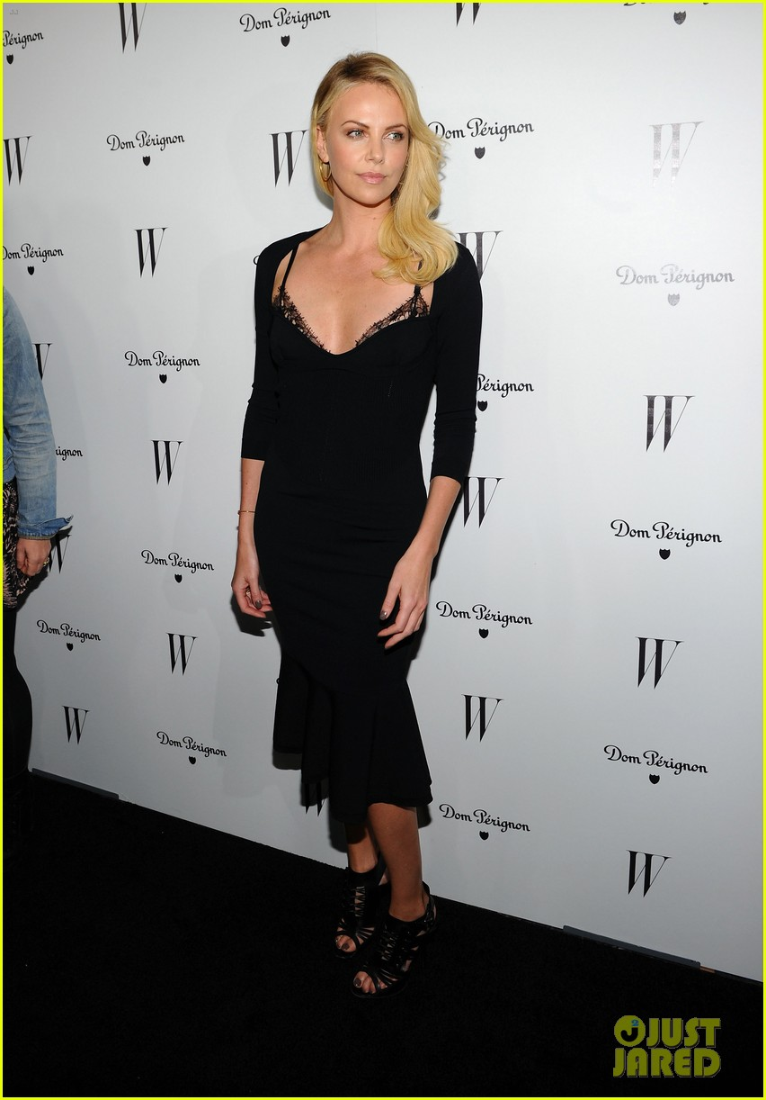 jessica biel charlize theron w mag party 13