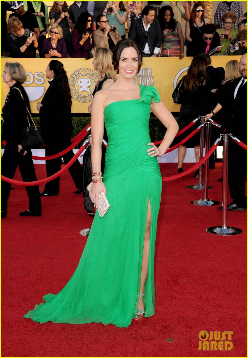 emily blunt sag awards john krasinski 07