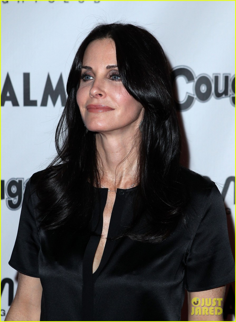 courteney cox cougar town viewing party las vegas 01