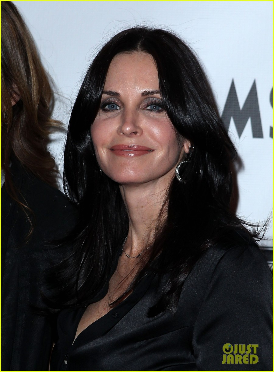 courteney cox cougar town viewing party las vegas 06