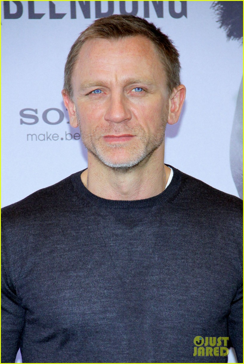 daniel craig rooney mara dragon tattoo berlin photo call 13
