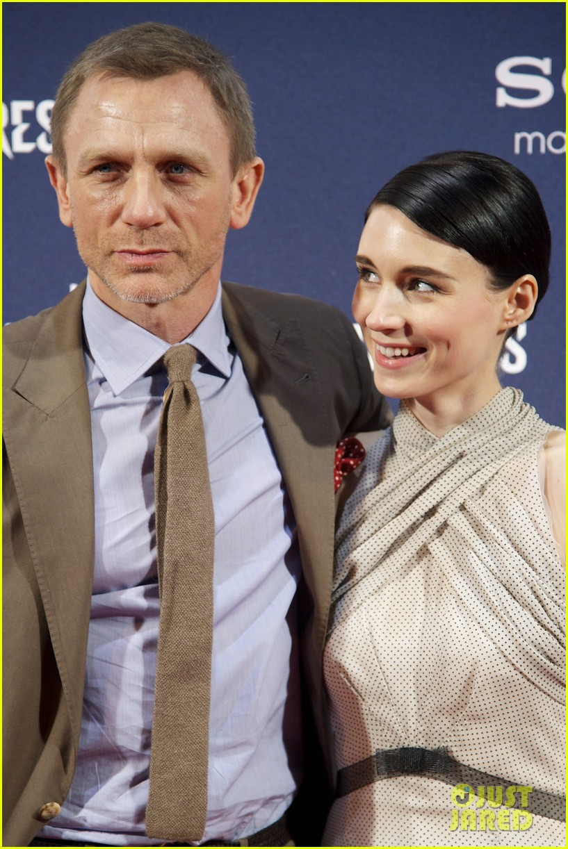 daniel craig rachel weisz rooney mara dragon tattoo madrid premiere 08