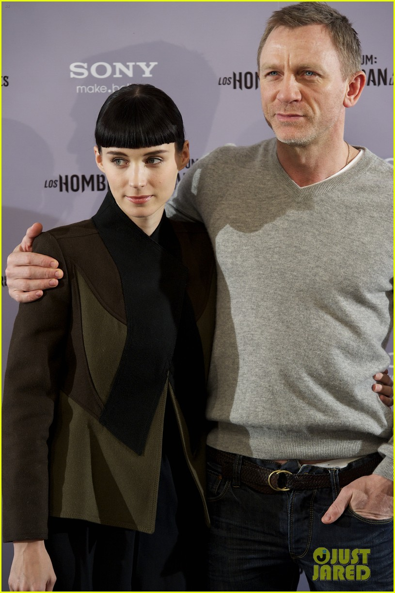 daniel craig rooney mara dragon tattoo madrid photo call 02