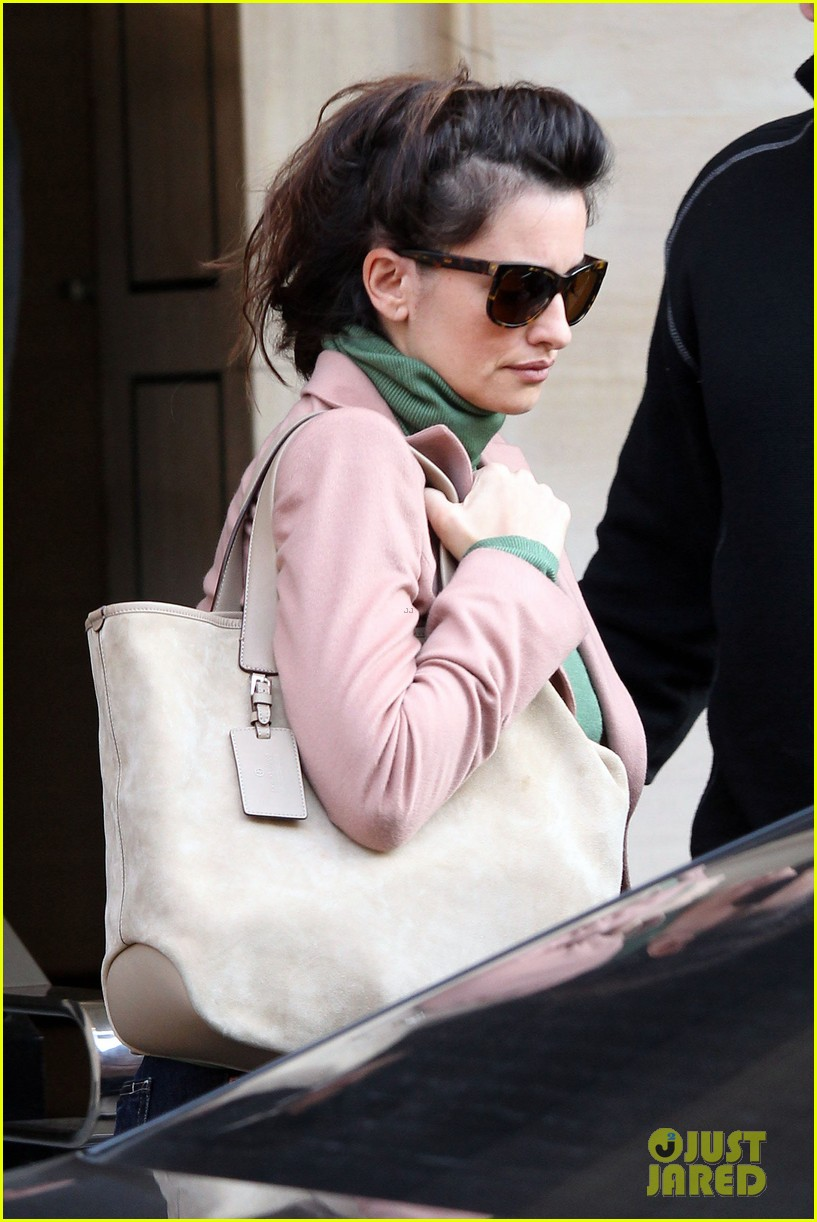 penelope cruz retail therapy in london 052619921