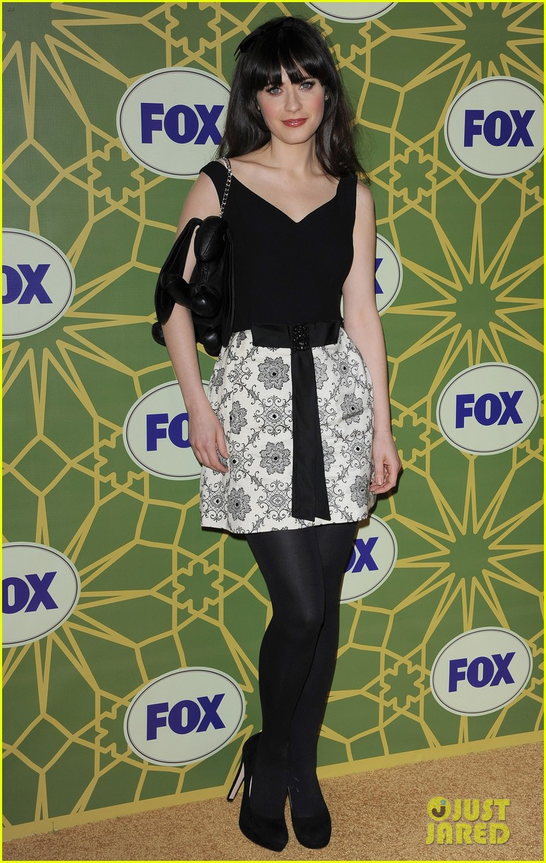 http://cdn04.cdn.justjared.comzooey deschanel fox all star party cutie.jpg 042615799