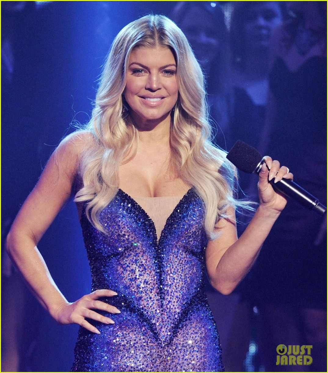 fergie nicki minaj new years eve 042613857