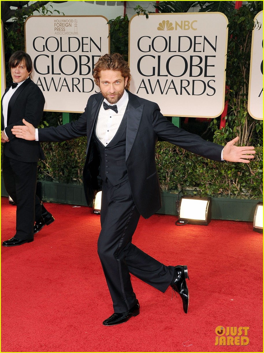 gerard butler golden globes 2012 03