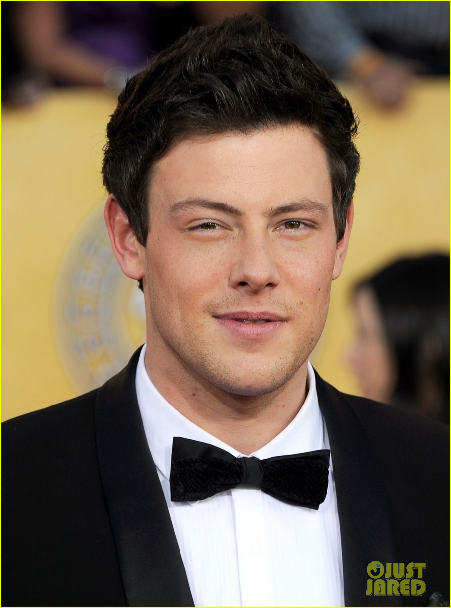glee guys 2012 sag awards 03