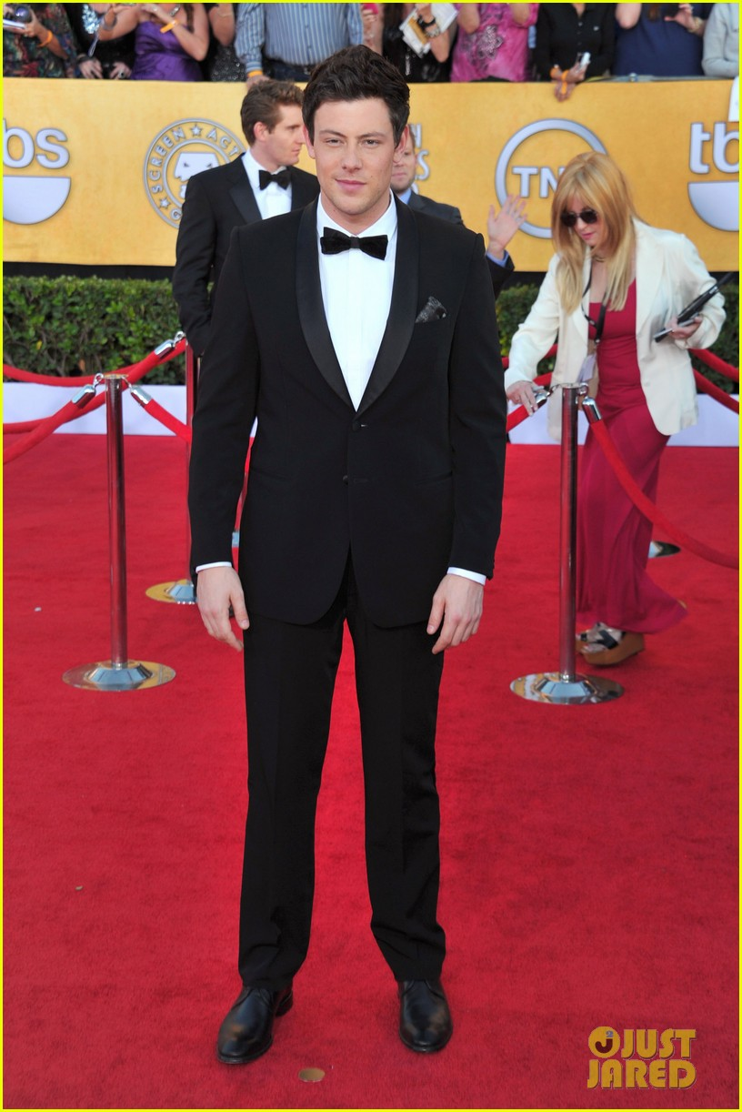 glee guys 2012 sag awards 11