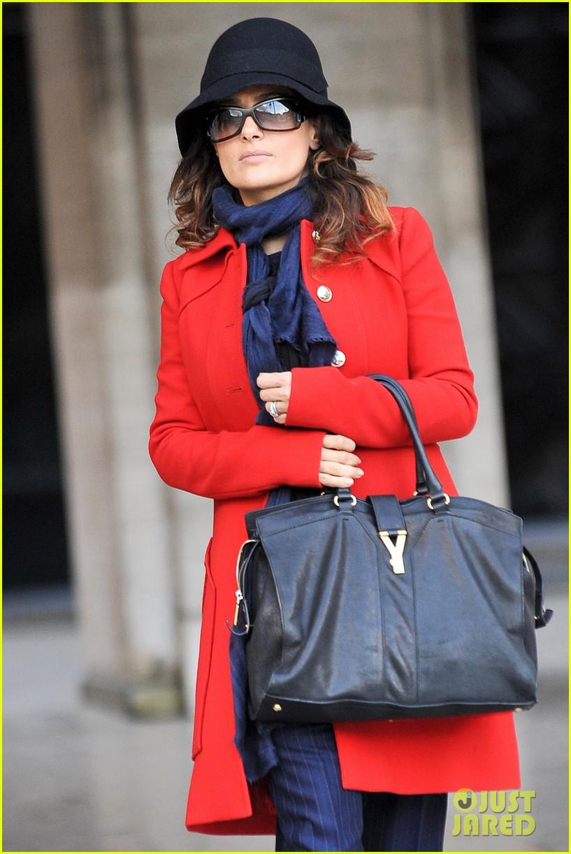 salma hayek puss in boots oscar nomination 02