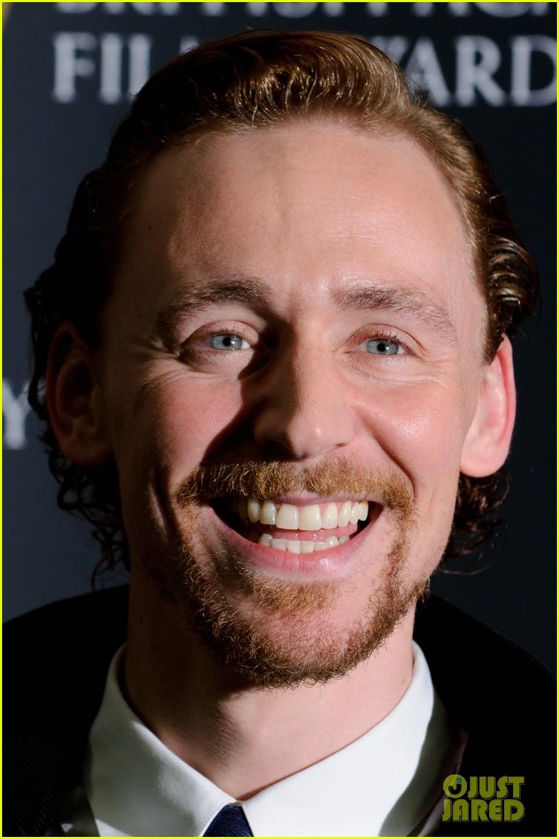 tom hiddleston eddie redmayne bafta orange 09