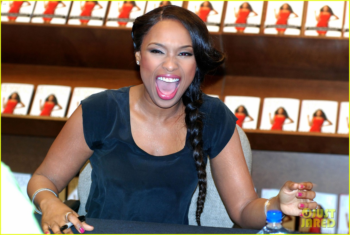Full Sized Photo Of Jennifer Hudson I Got This Book Signings  Just Jared