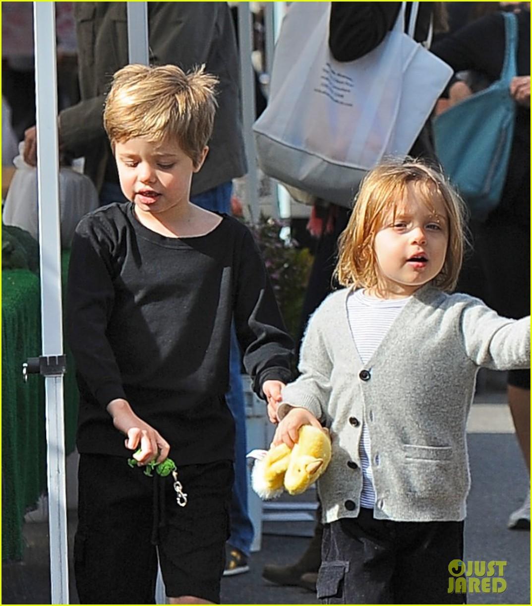 angelina jolie kids farmers market 01