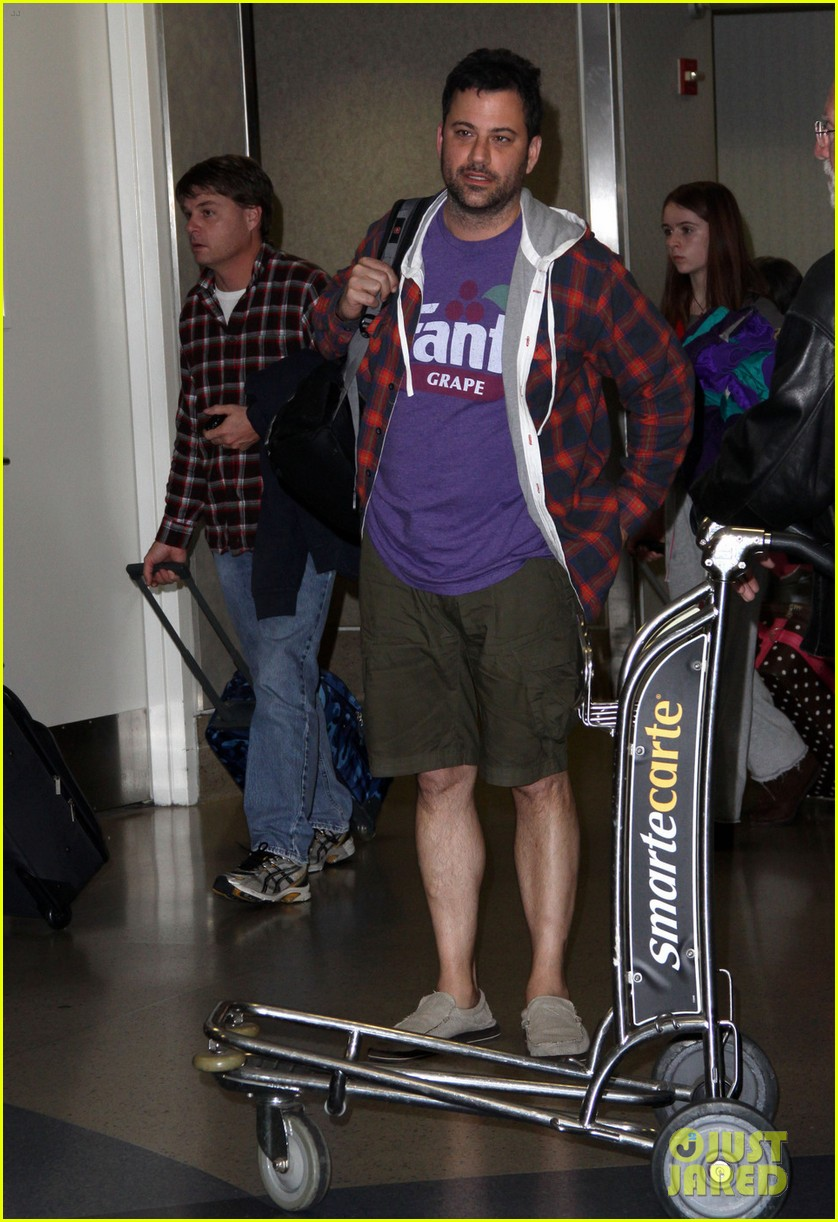 john krasinski amp jimmy kimmel home from hawaii photo