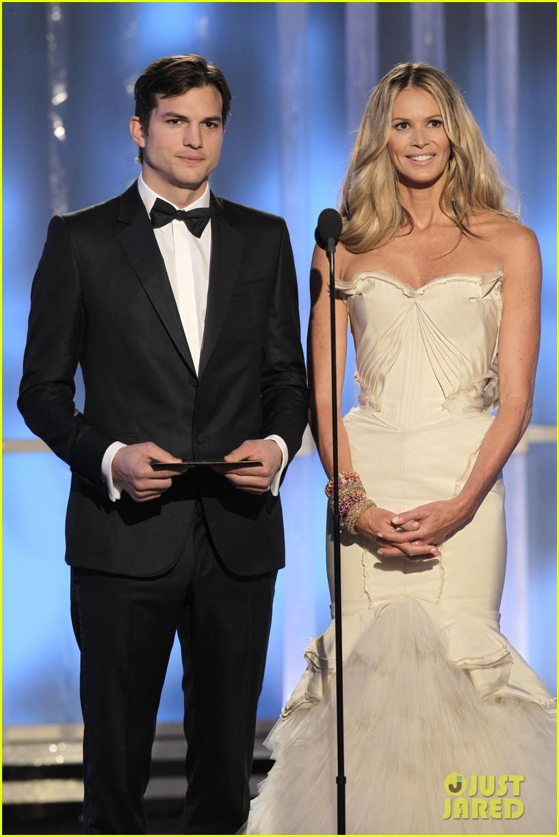 ashton kutcher elle macpherson golden globes 2012 presenters 01