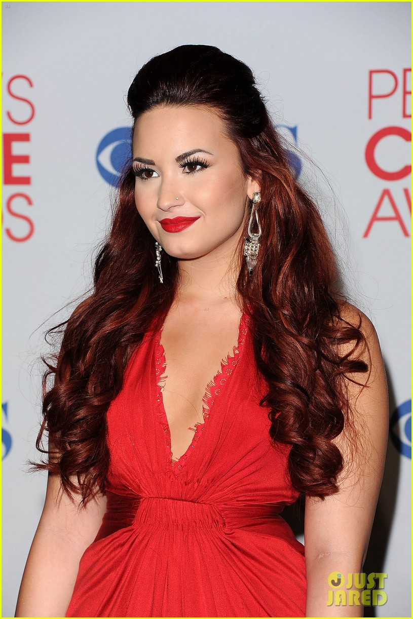 demi lovato pcas performance 20