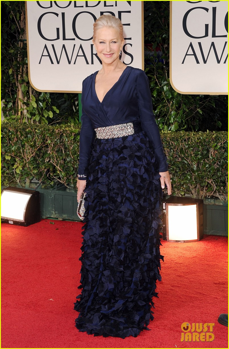 helen mirren 2012 golden globes red carpet 042618523
