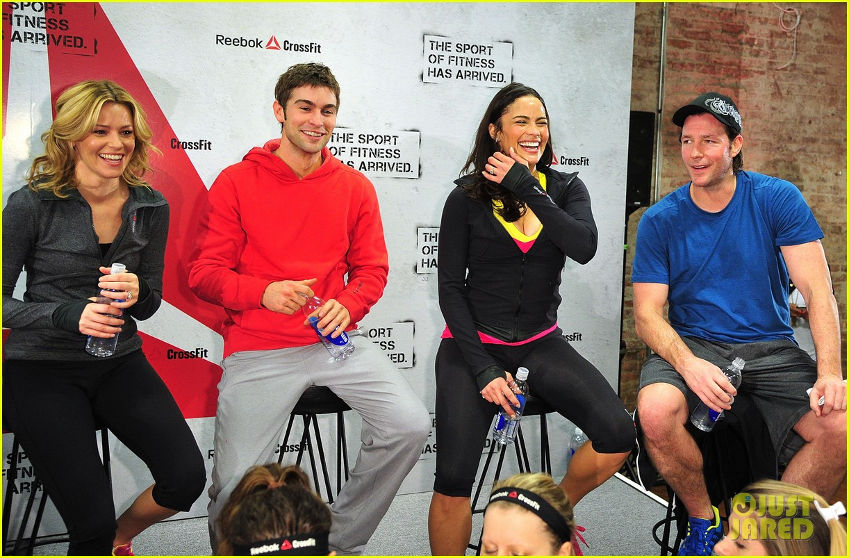 paula patton chace crawford sport of fitness campaign launch 02