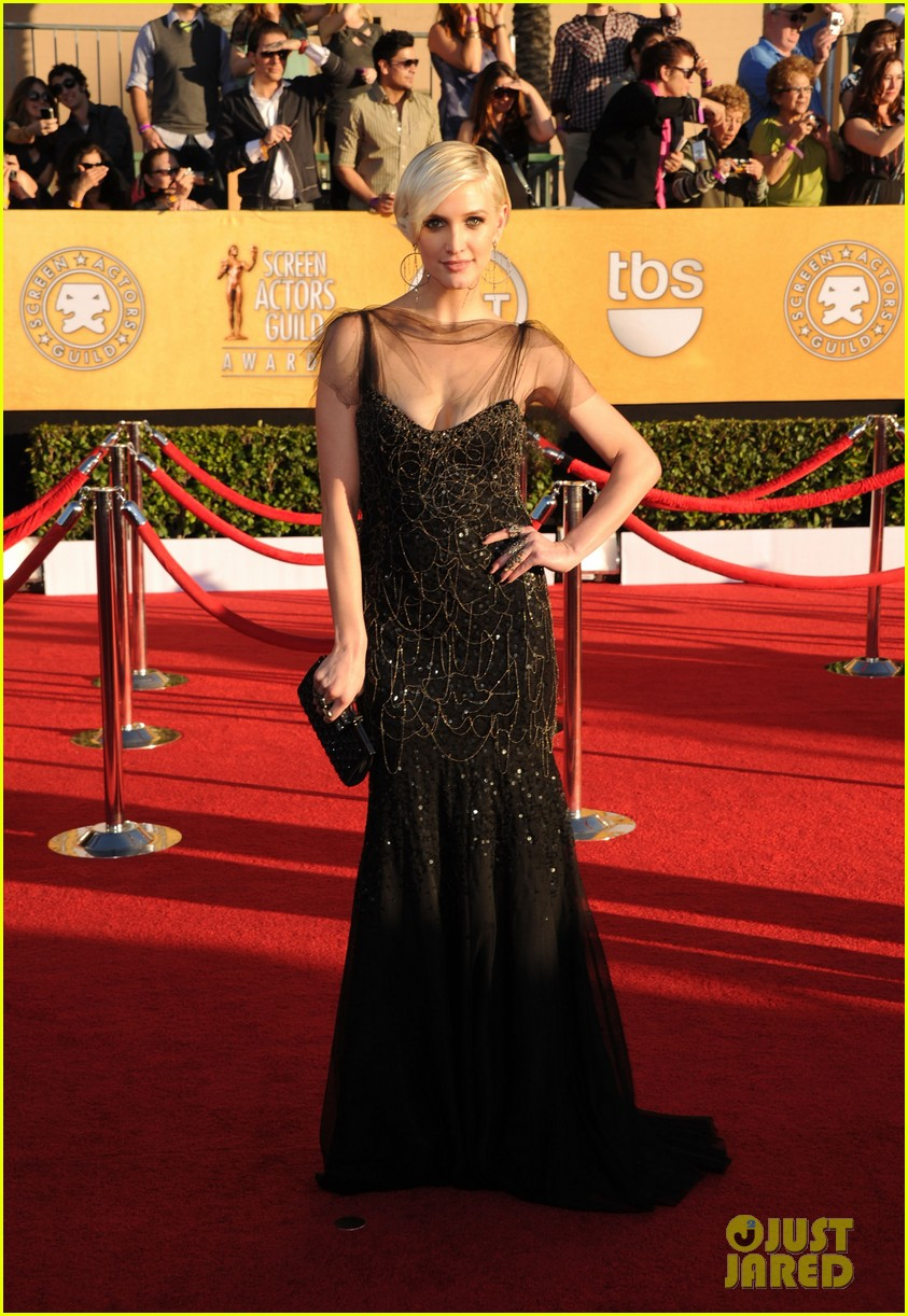 ashlee simpson vincent piazza 2012 sag awards 02