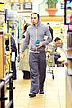 chris pine grocery store toiletries 04