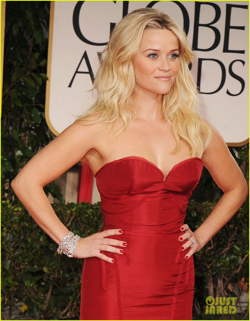 reese witherspoon golden globes 2012 05