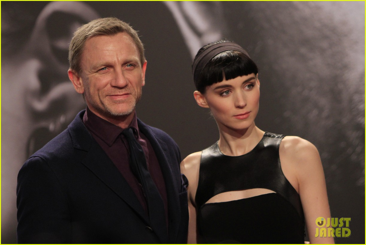 daniel craig rooney mara dragton germany premiere 08